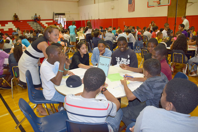 Seventh-Graders Welcomed to J.W. Dodd Middle School