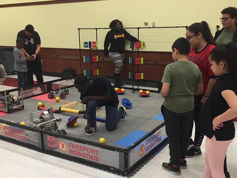 Robotics Visits Bayview School